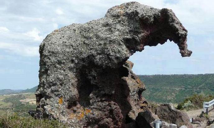 Etranges-rochers-de-nouvelle-zelande-688po