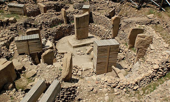 gobekli2012-vue-ensemble-chantier-fouilles-688po