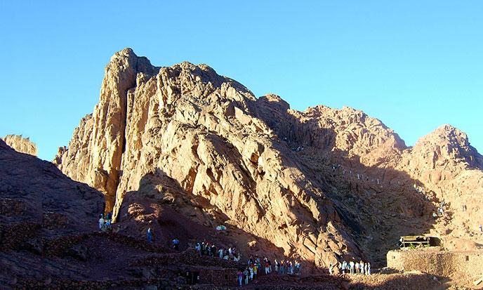 Mount_Sinai_Egypt-688po