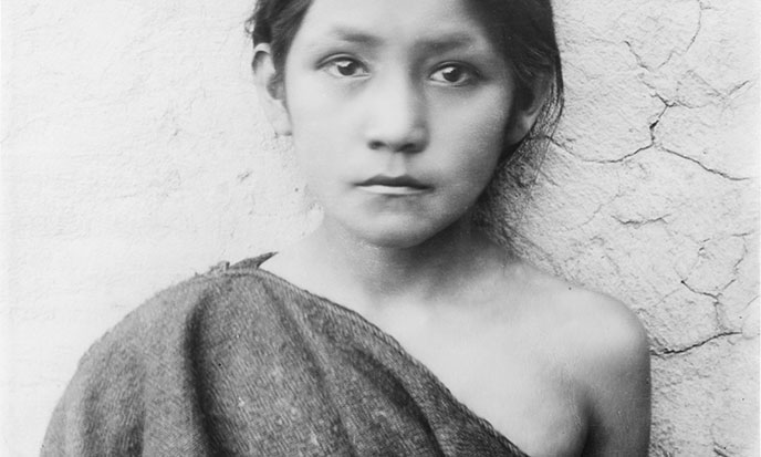 Young_Hopi_Indian_Hopi-girl-standing-outside-Oraibi-Arizona-688po