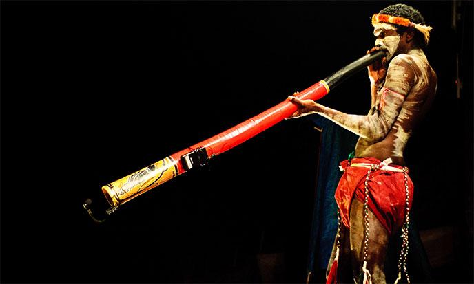 aborigene-didgeridoo-688po