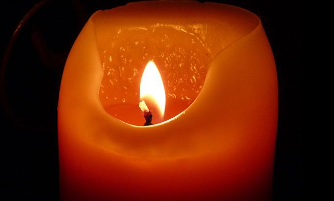 candle-pixabay-688po