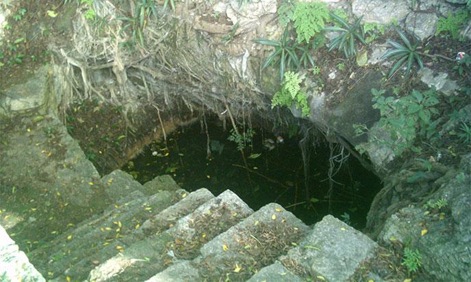 cenote-del-parque-de-cholul-688po