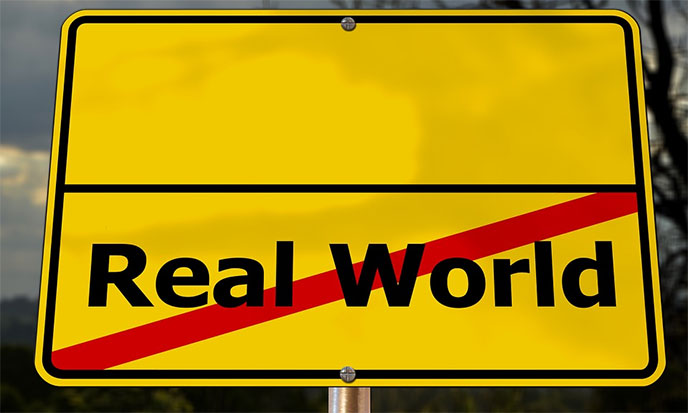 cinq-plans-realite-real-world-ends-688po