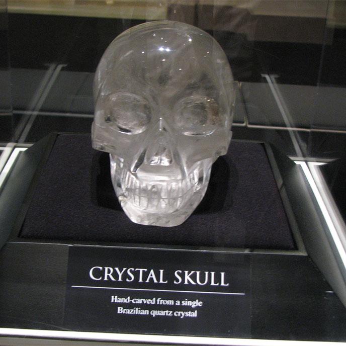 crystal-skull-688po