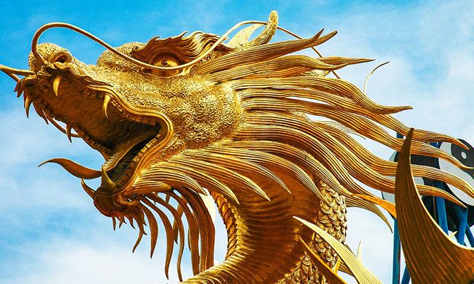 dragon-d-or-sculpture-pixabay-688po