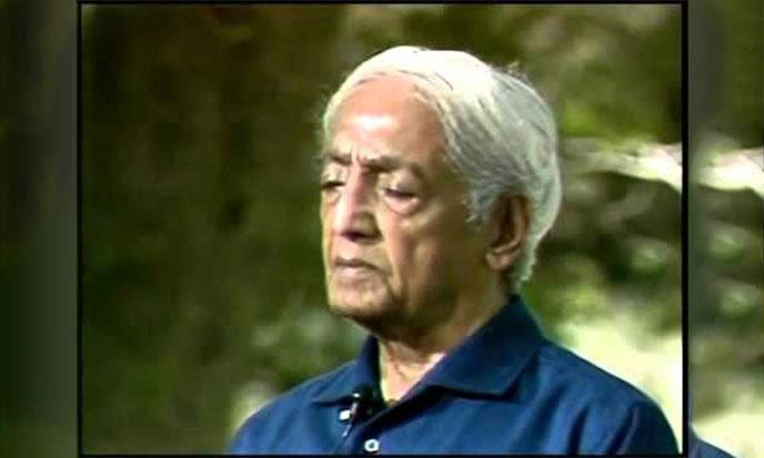 krishnamurti-meditant-skervor-688po