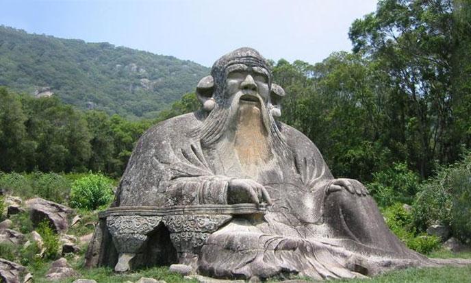 lao-tseu-statue-688px