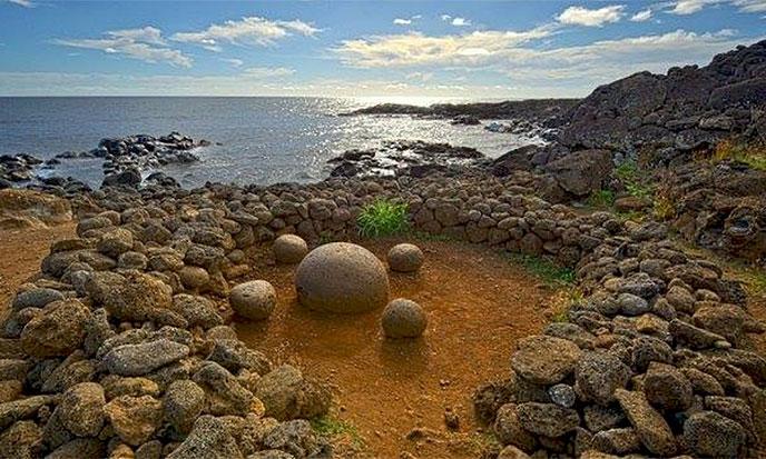 paques-spheres-pierre-688po