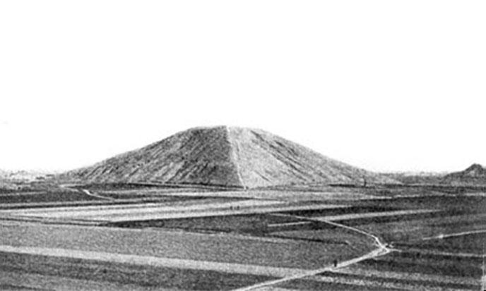 pyramide-blanche-chine-688po