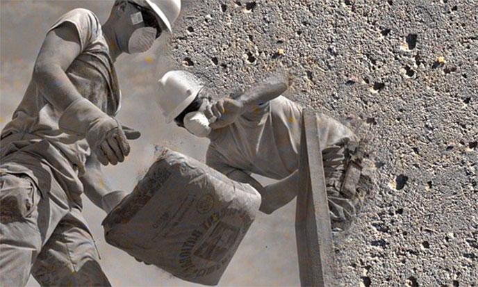 pyramide-ciment-macons-688
