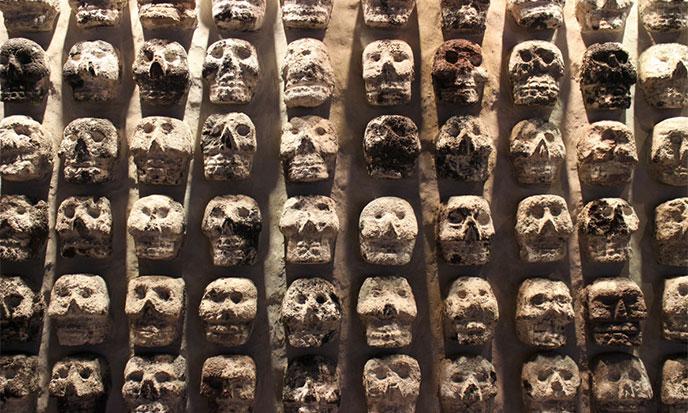 quetzalcoatl-tzompantli-688po