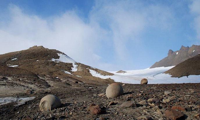 spheres-pierre-russie2-688po