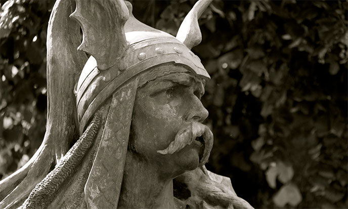 vercingetorix-statue-688po
